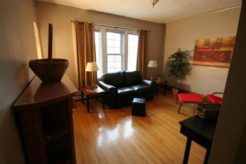 Windsor 2 bedroom Apartment For Rent