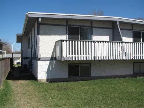 Calgary Four-Plex pour le loyer, cliquer pour plus de détails...