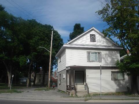 Orillia Duplex for rent, click for more details...