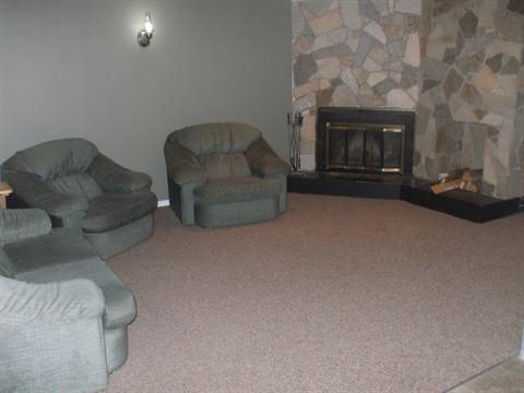 Edmonton North West 2 bedroom Suite For Rent
