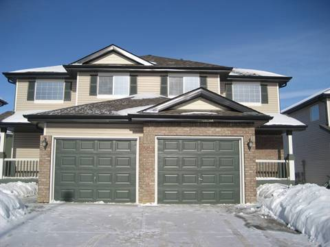St. Albert Townhouse for rent, click for more details...