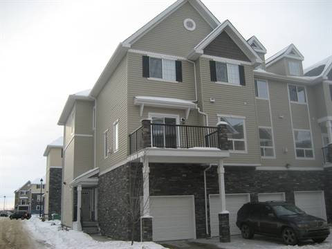 Edmonton South West 2 bedroom Duplex