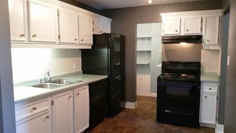 Edmonton Du Sud-est 3 chambre à coucher Condominium À louer