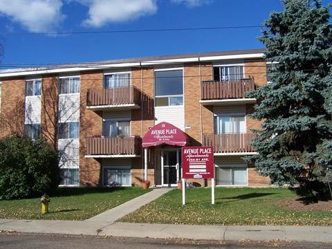 Edmonton Downtown 3 bedroom Condominium For Rent