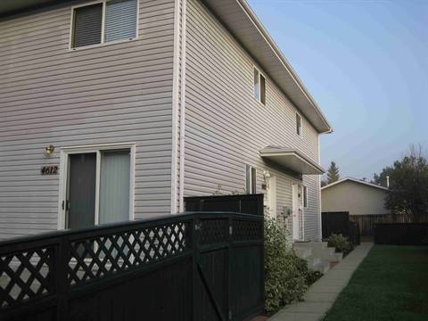 Edmonton Downtown 3 bedroom Townhouse For Rent