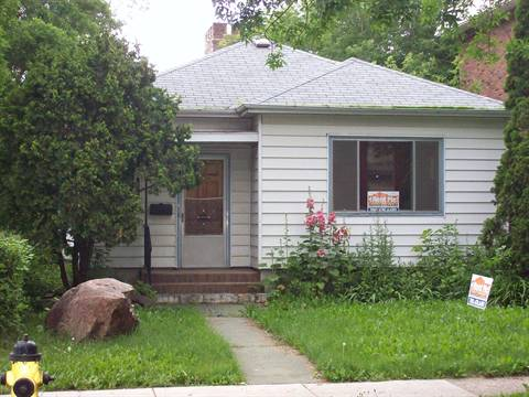 Edmonton North West 2 bedroom House For Rent