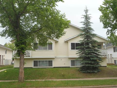 Camrose 3 bedroom Apartment For Rent