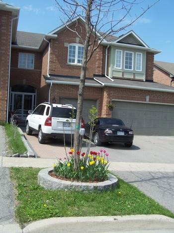 Richmond Hill House for rent, click for more details...