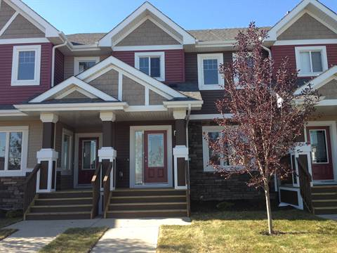 Edmonton South West 3 bedroom Townhouse