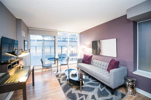 Toronto Central Apartment For Rent