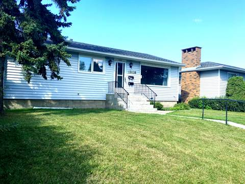Edmonton West 3 bedroom Main Floor Only For Rent