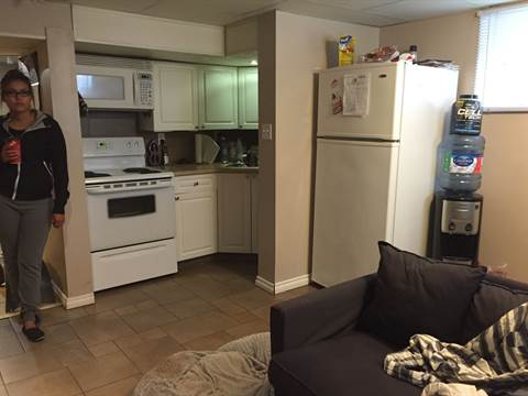 Edmonton West 2 bedroom Bachelor Suite For Rent