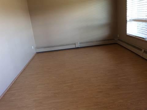 Slave Lake Condominium for rent, click for more details...