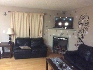 Edmonton Sud 3 chambre à coucher Duplex À louer