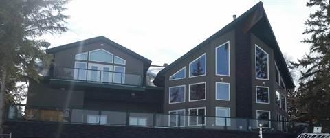 La Corey House for rent, click for more details...