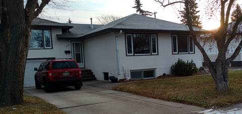 Saskatoon Basement Suite for rent, click for more details...