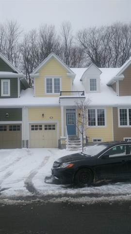 Wasaga Beach House for rent, click for more details...